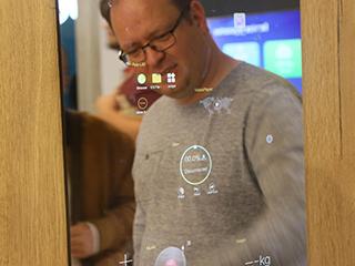 IFA2019这台智能镜子带给你魔幻的镜面体验