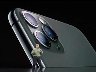 CNET评苹果旗舰手机:缺乏创新 设计三年未大变