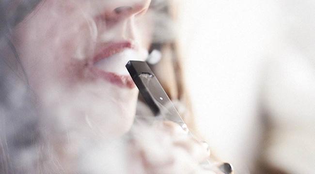 风暴眼中的电子烟:资本涌动 良莠不齐 监管趋严