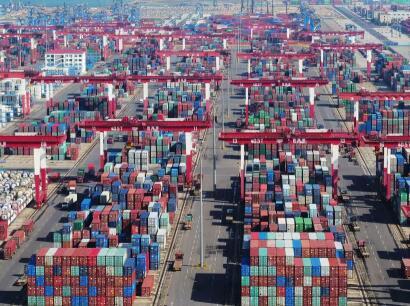 我国前三季度外贸增长2.8% 实现稳中提质