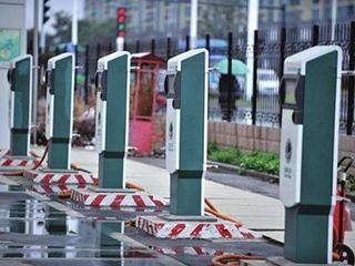 充电桩数量破百万 行业洗牌来了