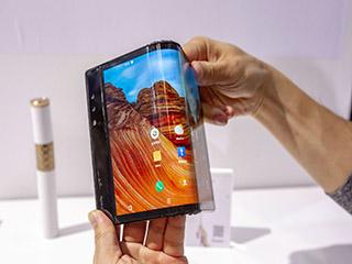 三星等厂商逐鹿折叠屏手机,价格高、技术不成熟等不容忽视