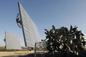 特朗普关税政策或致美国太阳能产业失去6.2万工作岗位
