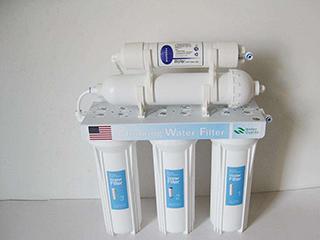 """净水器里的""""水""""就安全吗? 重要的作用就3个"""