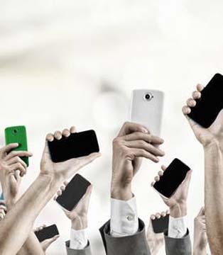2020手机行业危中见机