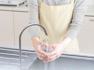 疫情之下 怎样做到健康饮水不求人?