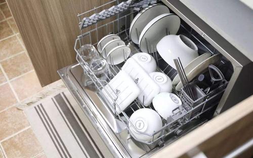 """天猫超级品类日 携手16大品牌打造""""为健康 洗碗升级""""的理想生活"""