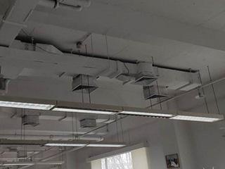 上班后没暖气冷到瑟瑟发抖 公司中央空调能开吗?