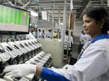 疫情导致印度手机零部件短缺 准备从中国紧急空运
