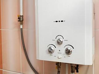 对病菌说不!电热水器和燃气热水器对比