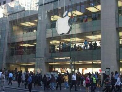 苹果告知员工所有美国零售店将停业 直到5月