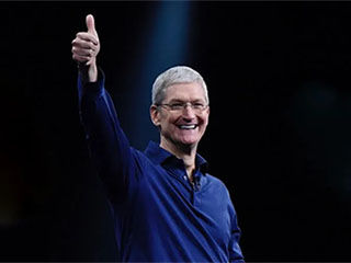 苹果CEO跻身 十亿美元富豪俱乐部