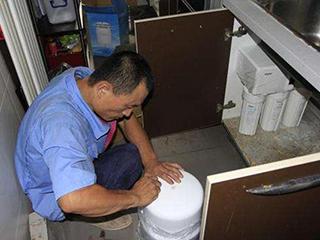 6個壞習慣讓凈水器越用越差,平常使用可別忽略!