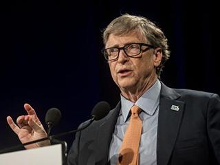 比尔盖茨:美国可能到明年秋天才能摆脱新冠病毒影响