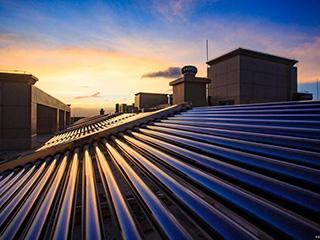 太阳能热水工程系统寿命多少年?