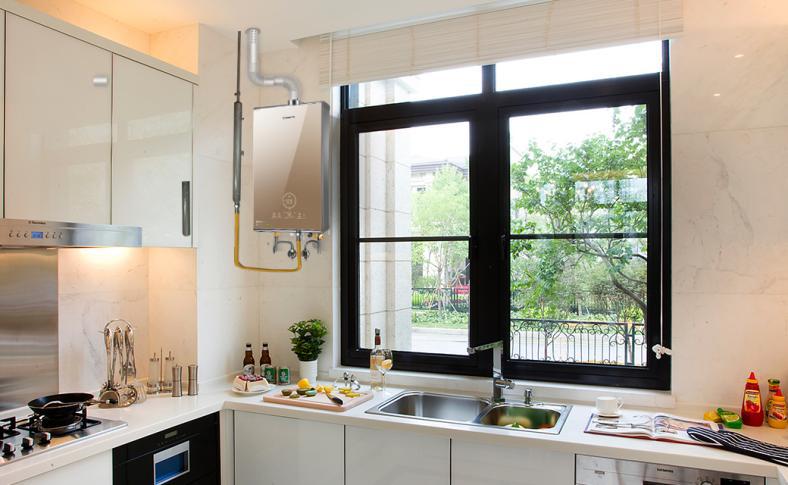 选择高端热水器应该关注什么?零冷水、大水量、智能