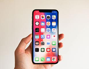 苹果向下国产向上 智能手机市场逆向分化