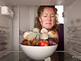 一开冰箱门我差点去世!怎样才能祛除冰箱的异味