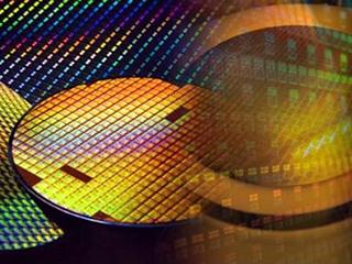 三星加快部署3D芯片封装技术 望明年同台积电展开竞争