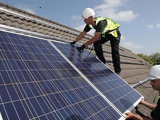 """""""反太阳能""""电池板可以在夜间提供能源,人类的能源将源源不绝"""