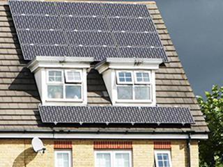 太阳能板生命结束时,留下有毒的垃圾