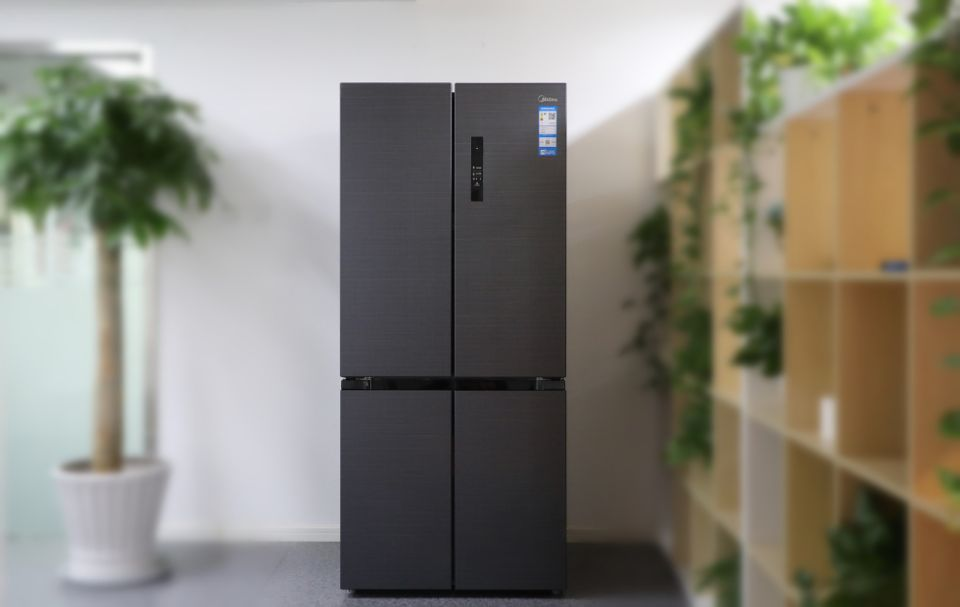 中国家电网实测:美的果润磁力鲜冰箱保鲜性能大挑战