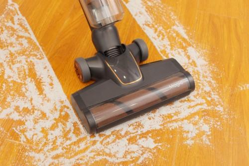 莱克魔洁M12 MAX立式吸尘器 满足年轻妈妈对扫除的所有需求