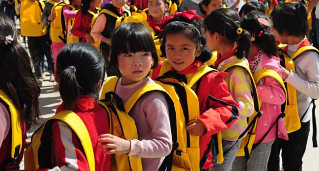 2020红顶公益走进甘肃:让爱陪伴孩子们健康成长