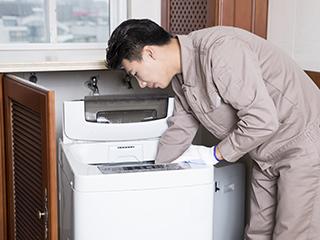 """洗衣机也爱""""藏污纳垢"""" 清洁有技巧"""