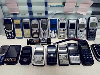 中国到底有多少手机闲置浪费?真实数据触目惊心