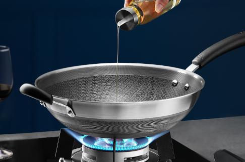 苏泊尔双面屏不锈钢炒锅,这口锅双面防粘,好用还好洗