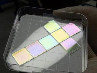 德国研究所设计发光彩色太阳能电池