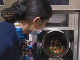 """机器人进厨房 安徽六安抢占""""智慧餐厨""""风口"""