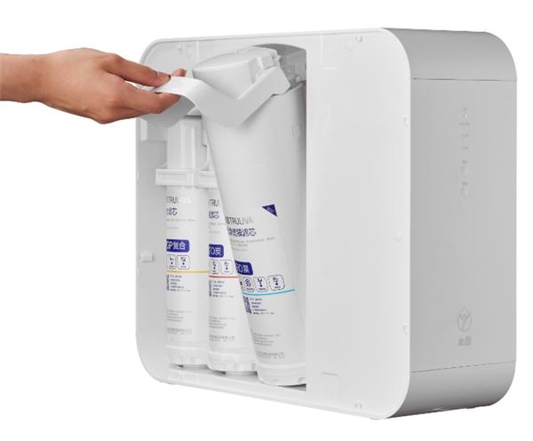 沁园新品小白鲸800G Pro上市,超大通量,喝水再也不用等!