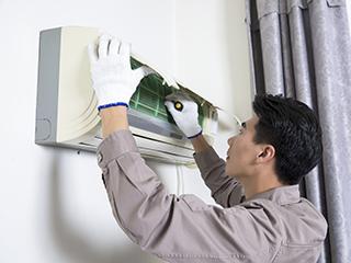 空调长期不洗残留灰尘 提醒:易滋生细菌