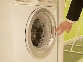 """春季皮肤易过敏 别让洗衣机成为""""细菌王"""""""