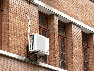 空调安装不当惹来麻烦