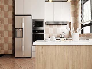 新房装修入住后,冰箱放在厨房还是餐厅好?