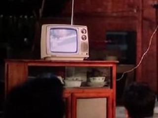 老旧电视该换了!电视机最多用十年超龄服役隐患多