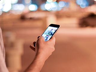 代表建议开发未成年人专用手机:只能使用未成年人专用网络和软件
