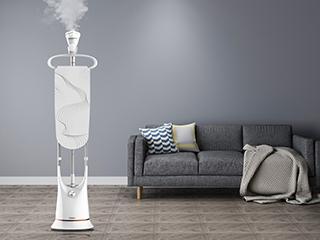 28秒极速出蒸汽 格兰仕挂烫机杀菌除螨成家居生活新宠