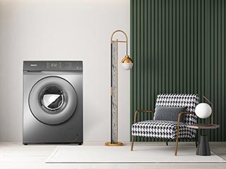 42cm超薄机身全面呵护衣物,格兰仕滚筒洗衣机打造快节奏下的精致生活