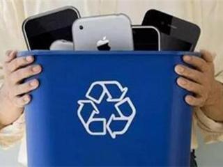 """只能换个盆儿?数亿部旧手机在家""""吃灰""""!回收市场""""金矿""""谁来"""