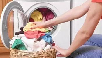 波轮和滚筒 哪种洗衣机洗的衣服比较干净?
