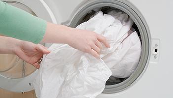 热泵式滚筒干衣机怎么选购?最好为不锈钢材质、明示除菌率