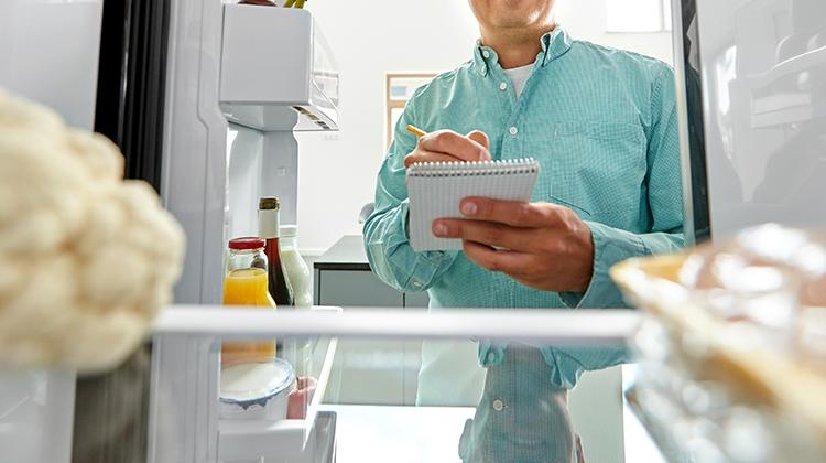 天气炎热 警惕冰箱里的隐藏杀手