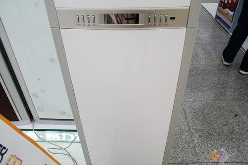 3899开卖 格力新品蓝精灵柜机劲爆售_空调频道-中国