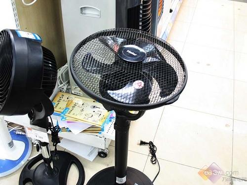 送风无死角 海尔电风扇fsj3002设计